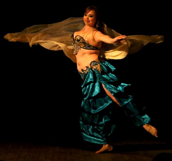 rikka-insegnante-danza-ventre